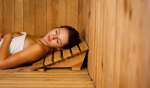 C mo usar una sauna talasoterapia - Que es una sauna ...