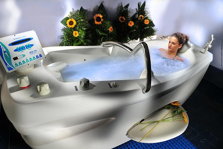 bañera niagara con agua de mar - talasoterapia